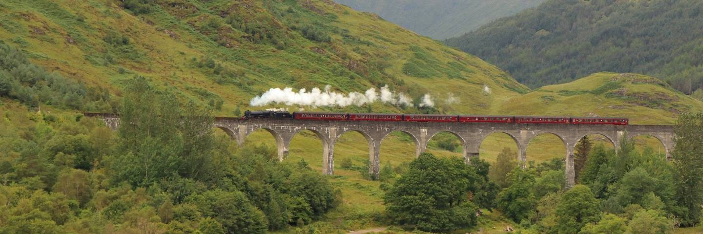 Must see places in the Highlands, Glenfinnan Viaduct