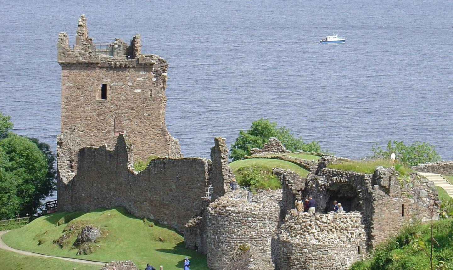 Must see in the Highlands, Urquhart Castle